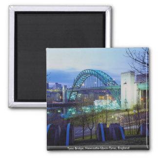 Puente de Tyne, Newcastle-upon-Tyne, Inglaterra Imán Cuadrado