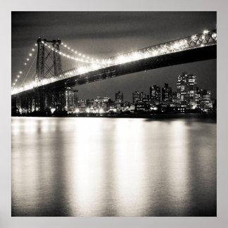 Puente de Williamsburg en New York City en la noch Poster