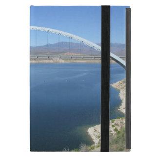 Puente del arco del lago roosevelt iPad mini coberturas