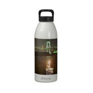 Puente del arco iris de Japón Botella De Agua