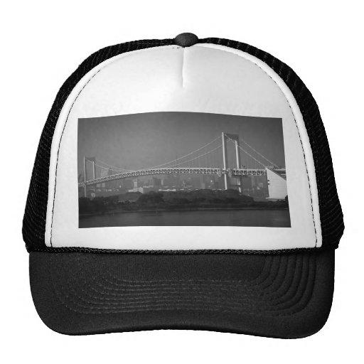 Puente del arco iris gorras