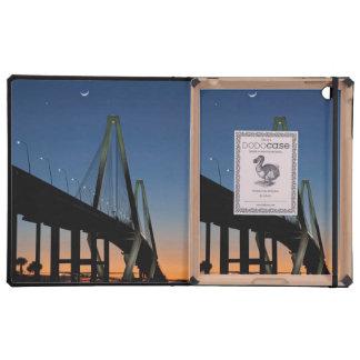 Puente del Jr. de Arturo Ravenel en la oscuridad iPad Cárcasa