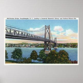 Puente del Mediados de-Hudson a histórico nacional Poster