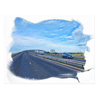 Puente distante tarjeta postal