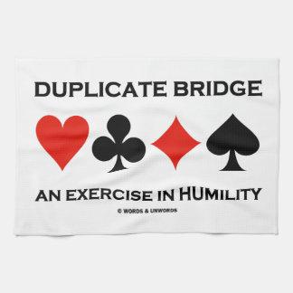Puente duplicado un ejercicio en la humildad toallas