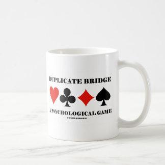Puente duplicado un juego psicológico taza
