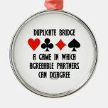 Puente duplicado un juego que socios conformes ornamentos de navidad