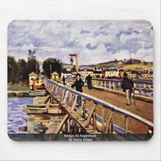 Puente en Argenteuil, por Sisley Alfred Tapete De Ratones