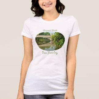 Puente en Central Park, New York City del arco Camiseta