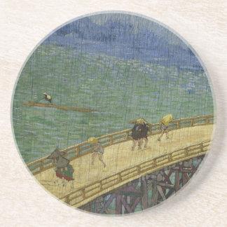 Puente en el práctico de costa de la lluvia posavasos personalizados
