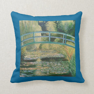 Puente en jardín japonés cojín