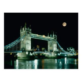 Puente en la noche Londres Inglaterra de la torr Postales