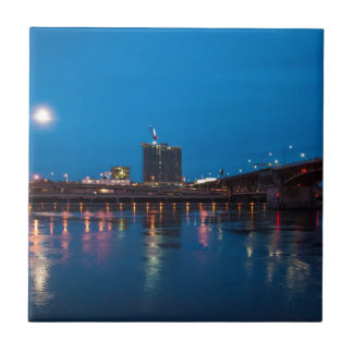 Puente en la noche, Portland de Burnside Azulejo Cuadrado Pequeño