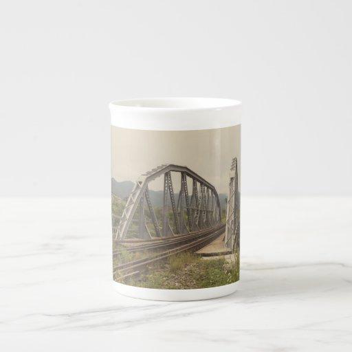 Puente ferroviario taza de china