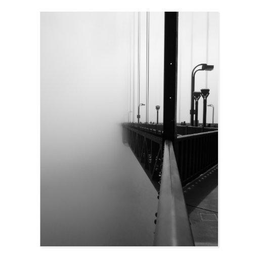 Puente Golden Gate brumoso II Tarjetas Postales