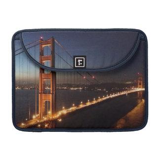 Puente Golden Gate de los promontorios de Marin Funda Macbook Pro