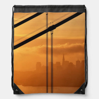 Puente Golden Gate delante del San Francisco Mochila