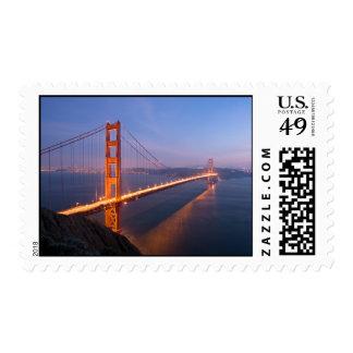 Puente Golden Gate en el franqueo de la puesta del