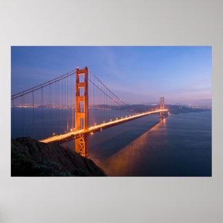 Puente Golden Gate en la impresión de la puesta de Póster