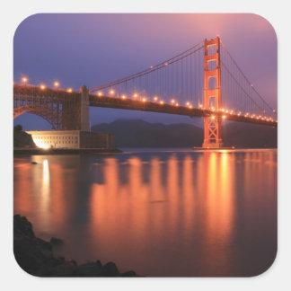 Puente Golden Gate en la noche Colcomanias Cuadradas