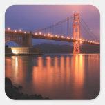Puente Golden Gate en la noche Pegatina Cuadrada