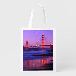 Puente Golden Gate en la playa del panadero en el  Bolsas Reutilizables
