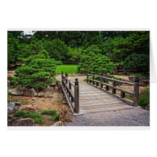 Puente japonés de madera tarjeta