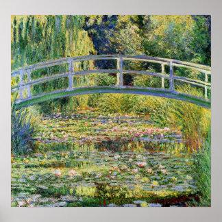 Puente japonés de Monet con el poster de los lirio