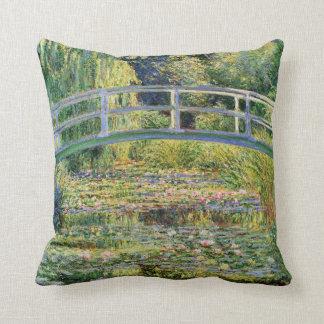 Puente japonés de Monet con la almohada de los