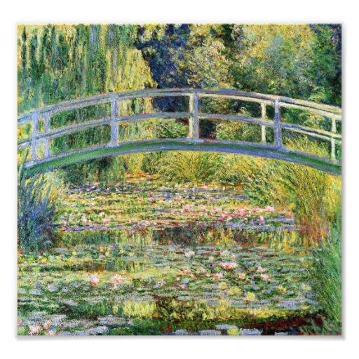Puente japonés de Monet con la impresión de los li Fotografias