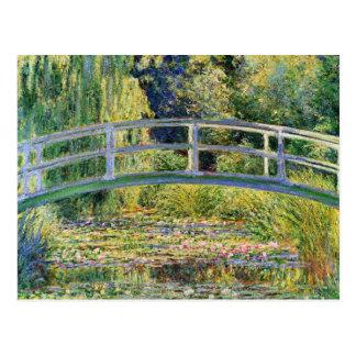 Puente japonés de Monet con la postal de los lirio