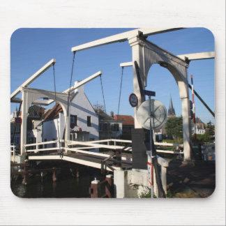 Puente levadizo alfombrilla de raton