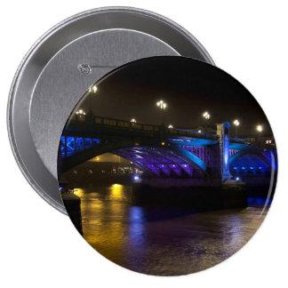 Puente Londres de Southwark Pin