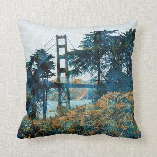 puente mágico de la puesta del sol almohada