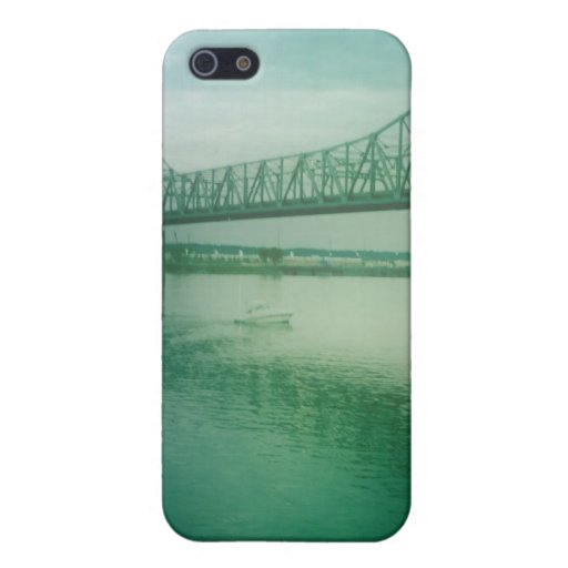 Puente nebuloso iPhone 5 coberturas