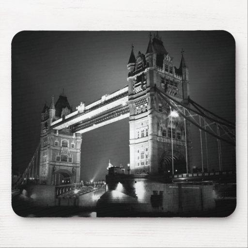 Puente negro y blanco de BW de Londres de la torre Tapete De Ratones