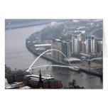 Puente Newcastle del milenio sobre Tyne Tarjeta