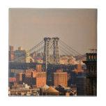 Puente NYC de Williamsburg en un día nublado Teja Ceramica