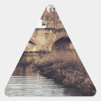 puente pegatinas de triangulo