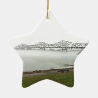 Puente que atraviesa el río Ohio Adorno Navideño De Cerámica En Forma De Estrella