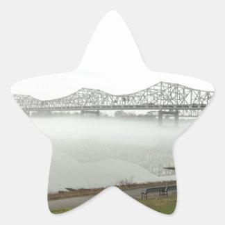 Puente que atraviesa el río Ohio Pegatina En Forma De Estrella