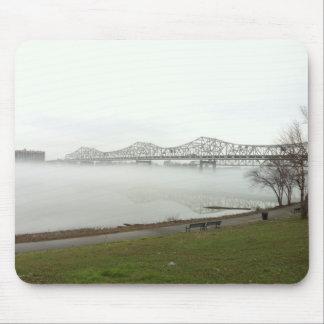 Puente que atraviesa el río Ohio Tapete De Ratones