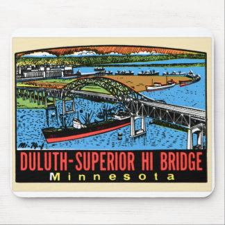 Puente retro del manganeso de Duluth de la etiquet Alfombrillas De Ratón