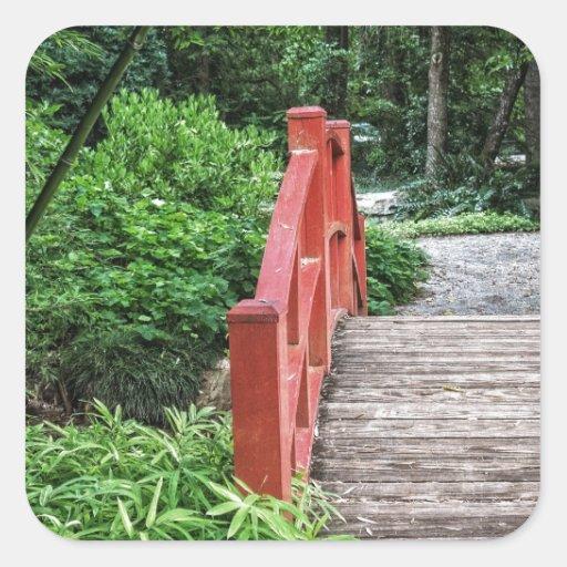 Puente rojo calcomania cuadradas personalizada