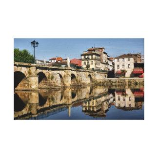 Puente romano en Chaves, Portugal Lona Envuelta Para Galerias