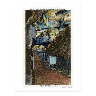 Puente sobre el abismo que muestra la roca tarjetas postales