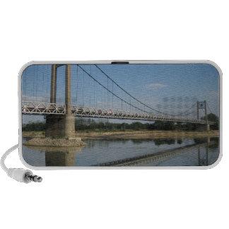 Puente sobre el Loira Portátil Altavoces