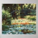 Puente sobre la charca del lirio de agua de Claude Posters