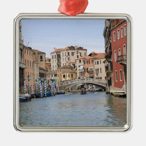Puente sobre un canal, Gran Canal, Venecia, Italia Ornamento Para Arbol De Navidad