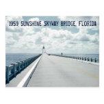 Puente St Petersburg la Florida 1959 de Skyway de Postales